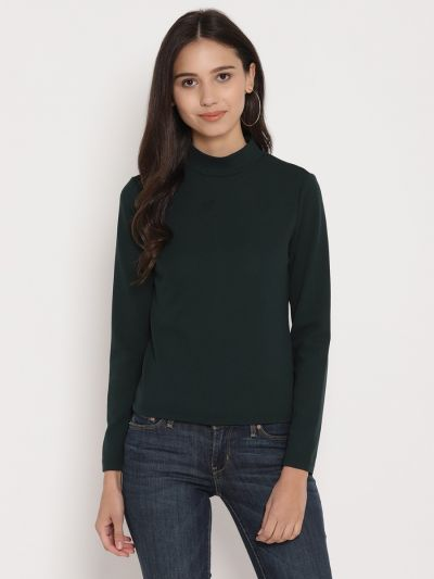 Green turtle neck fitted basic top